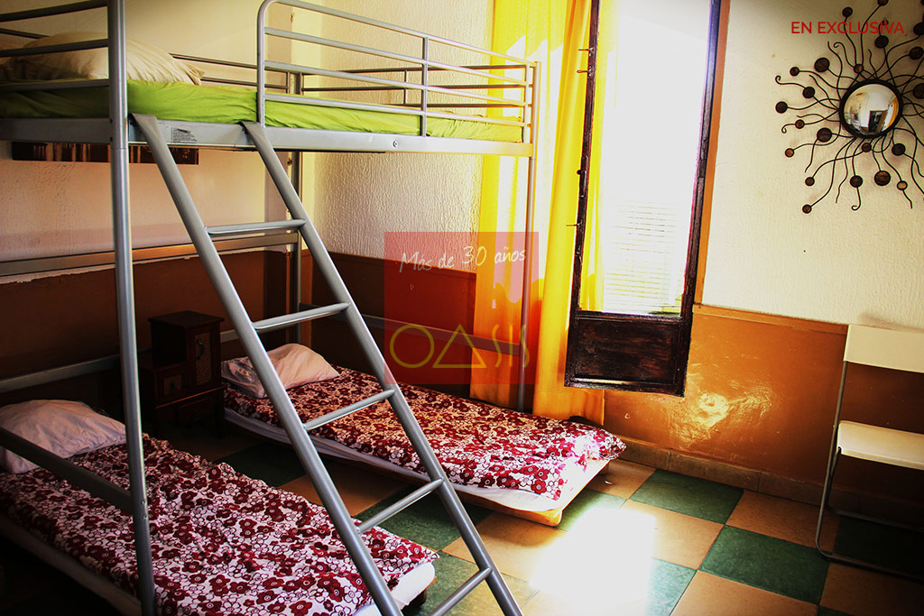 Rooms with bunk beds - Oasis Real Estate, 30 years in the Albayzin