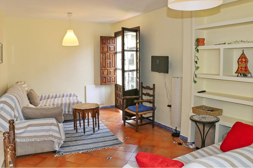 Short term rental in Granada - Oasis Real Estate
